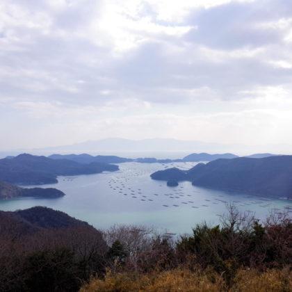 これは山頂からの景色。これも十分綺麗ですね。