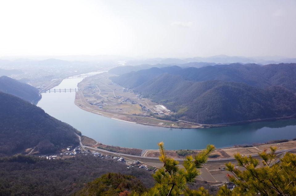 念願叶ってあのトンガリに登ってみました!龍神山(岡山市東区)